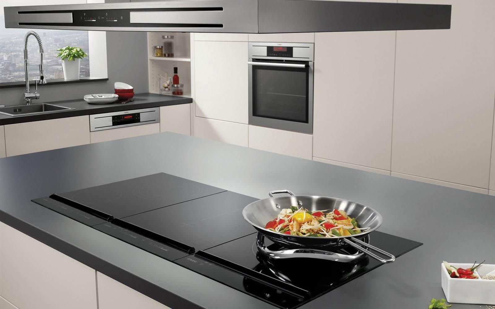 Nếu bạn đang băn khoăn nên dùng bếp điện từ hay bếp gas đừng bỏ qua bài viết này
